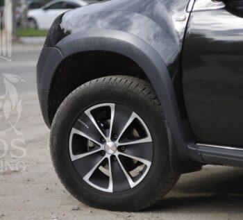 Расширители колесных арок на Renault Duster - ГОС-Тюнинг - Москва