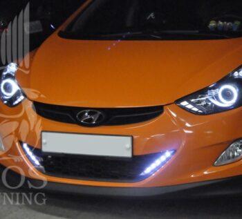 Решетка бампера со светодиодными ходовыми огнями «Super i» на автомобиль Hyndai Elantra / Avante MD 2010+